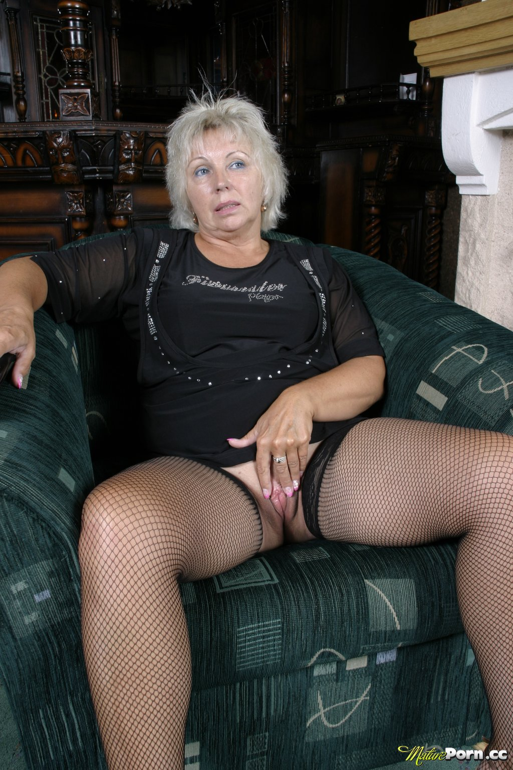 ... MILF / Granny Full Length Online Streaming and Downloadable Videos: fhg.matureporn.cc/pic/025/?id=jennyxxx""