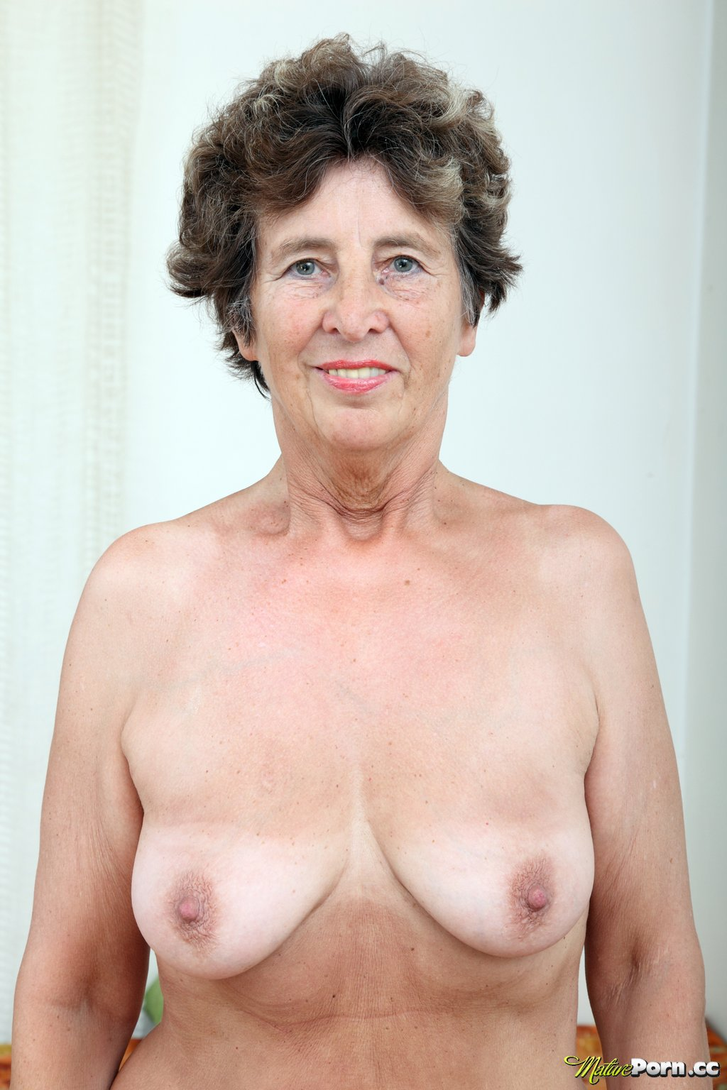 Free mature women pictures grannies